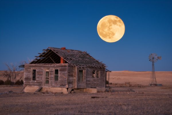 Lone Prairie Moonrise